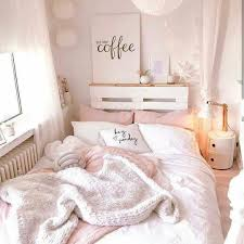 Pin by Addie Lawson❤️ on My room | Woman bedroom, Girly bedroom, Bedroom  decor