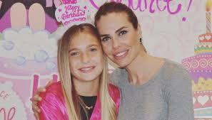 Chanel Totti ha già 11 anni ed è identica a mamma Ilary Blasi