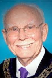 Merton Morris Hiatt   Obituaries   wenatcheeworld.com