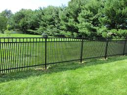 Black Ornamental Aluminum Fence With 1 5 8 Spacing To Contain Small Dogs This Customer Also Added Small Garden Landscape Simple Landscape Design Patio Fence