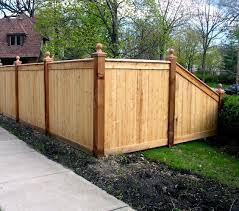 Wood Fence Sleeves Over Metal Fence Posts Description From Pinterest Com I Searched For This On Bi Privacy Fence Landscaping Wood Fence Design Fence Planning