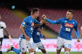 Il Napoli batte il Parma 3-0 al San Paolo e inanella la sua terza ...