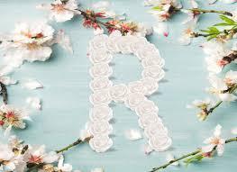 حرف R بالورد لاجمل المناظر الطبيعية بالوان الزهور المبهجة
