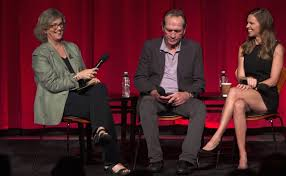Watch: Tommy Lee Jones and Hilary Swank Talk Westerns, Women and ...