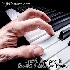 beautiful gifts for pianists