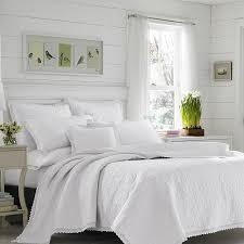 white farmhouse bedding 10 ideas you