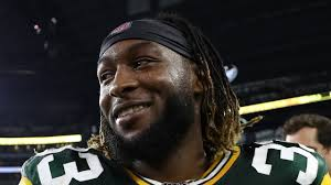 Life isn't Fair': El Paso native and NFL star Aaron Jones speaks out on  social injustice as a new father - KVIA