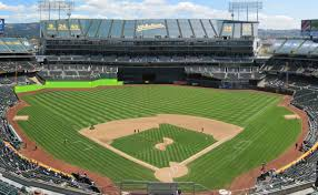 Seven Bizarre Ballpark Features From Baseball History That You Ll Need To See To Believe Mlb Com
