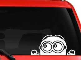 Amazon Com Keen Minion Despicable Me Peeking Decal Sticker For Car Truck Suv Van Xbox Ps4 White 7 X 3 5 In Automotive
