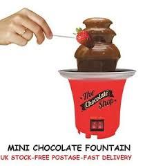 chocolate fondue founn mini wedding