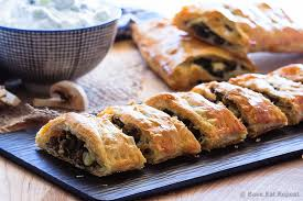 beef spinach and mushroom strudel