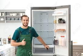 Sửa chữa đèn tủ lạnh sáng nhưng không chạy tại Hải Phòng