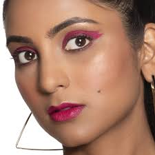 double winged eyeliner makeup look