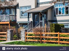 Wooden Front Yard Fence And Entrnace Of Residential Townhouse Stock Photo Alamy