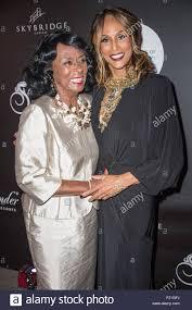 New York, NY, USA. 9th Sep, 2015. Gloria Johnson, Beverly Johnson in Stock  Photo - Alamy