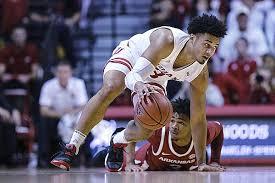 WholeHogSports - Analyzing new Arkansas basketball transfer Justin Smith