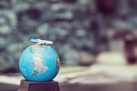 Why I Love to Travel - Roberto Johnson - Medium
