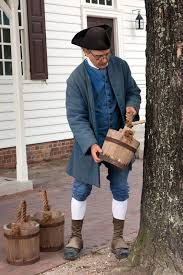 Colonial Williamsburg's Historic Gardener Wesley Greene reenacts the  tapping process. | Colonial williamsburg, Williamsburg virginia,  Williamsburg
