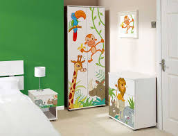 Animal Themed Children S Bedrooms Jungle And Wild Design Homescorner Com