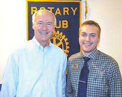 PHOTO GALLERY: Governor speaks to De Queen Rotary Club | Local ...