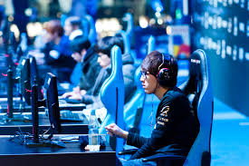 Advantages Of Online Gaming - Mole Empire