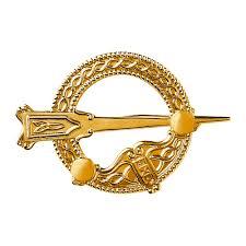 traditional tara brooch um