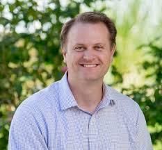 Aaron Walker Headshot 2016.10, square crop - Generations LLC, Inc