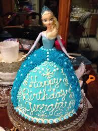 Elsa doll cake (Có hình ảnh)
