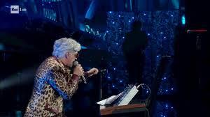 Sanremo 2020: Bugo lascia il palco durante l'esibizione con Morgan ...