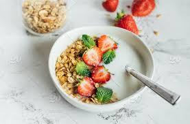 strawberry cereal dairy dessert
