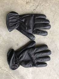black leather gloves size s m