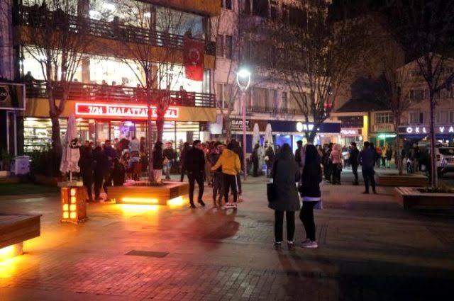 """نتيجة بحث الصور عن Bolu'daki 3.6'lık deprem vatandaşları sokağa döktü"""""""