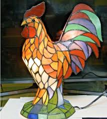 stained glass rooster accent lamp