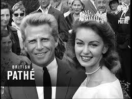 Janette Scott Marries (1959) - YouTube