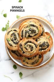 vegan spinach pinwheels with cream