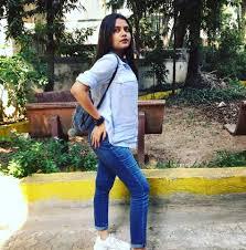 Pragti Thakur - Pragti Thakur updated their profile picture. | Facebook