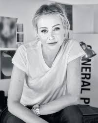 Portia de Rossi Partners with Restoration Hardware to Curate a Collection  of 3D Art