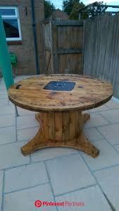 diy pallet furniture wooden spool