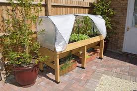 growing in small spaces with vegtrug