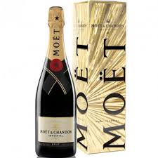 chandon brut impérial with gift box
