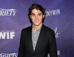 Actor RJ Mitte sees cerebral palsy as an asset - The San Diego Union-Tribune