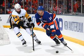 Cut loose by the Penguins, Tom Kuhnhackl helped show the Islanders how to  win – The Athletic