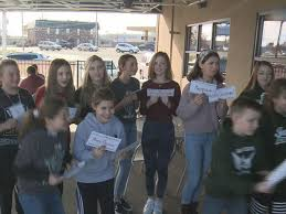Jackson Middle School club donates gift cards across the area