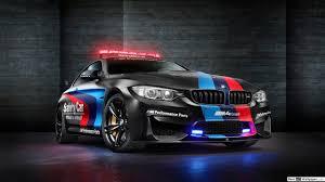 auto sportiva nera bmw m4 di