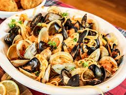 Feast of the Seven Fishes: Linguini ...