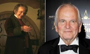 Addio a Ian Holm: aveva interpretato Bilbo Baggins ne