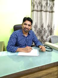 Dr. Praveen singh baghel - General Physician Doctors - Book Appointment  Online - General Physician Doctors in Infront Of Gujrat Sweet, Ratlam -  JustDial