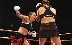 "Arlene Blencowe - ""I'll box smart and leave everything I have in the ring""  - Aus-Boxing.com"