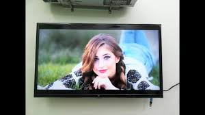 set your pictures as a tv screensaver