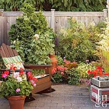 Build This Fence Planter Better Homes Gardens